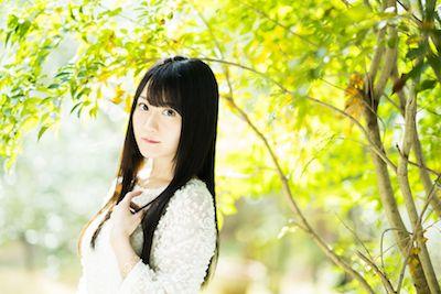 小倉唯さんの写真集「ユイペース」表紙が公開!水着も披露!?北海道とハワイで撮影