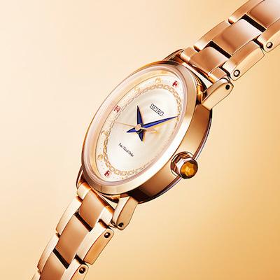 ギルガメッシュをイメーシした金色仕様の時計に