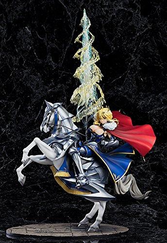 ランサー/アルトリア・ペンドラゴン フィギュアは大胆衣装とクールなポージングが素晴らしい