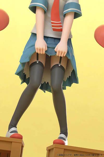 上野 フィギュアの足元の画像